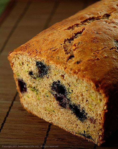 Blueberry Zucchini Bread - Easy Family Recipes - Sweet Happy Life