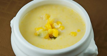 Sweet Summer Corn Chowder - Easy Family Recipes