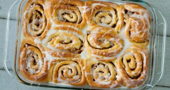 Apple Cinnamon Buns - Easy Family Recipes