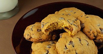 Pumpkin Chocolate Chip Cookies - Easy Family Recipes