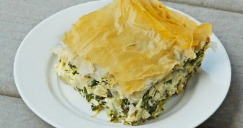 Spanakopita - Easy Family Recipes