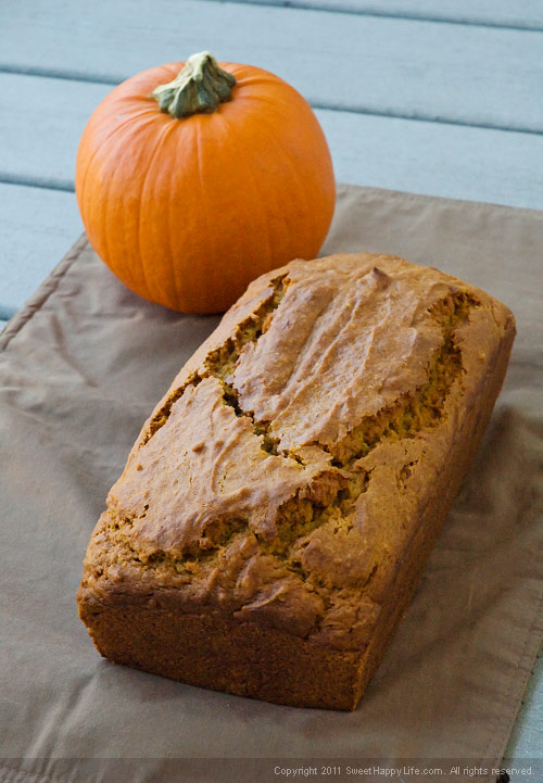 Pumpkin Spice Bread - Easy Family Recipes