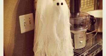 Cute DIY Halloween Ghosts