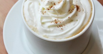 Homemade Starbucks Gingerbread Latte