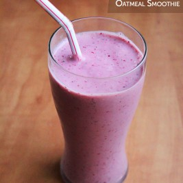 Berry Almond Oatmeal Smoothie